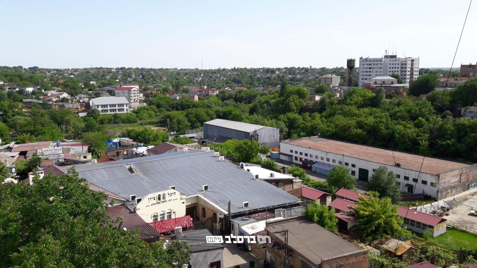 """המצב באומן • מעודד: """"השוק באומן בטוח למבקרים""""  • אומן אחת הערים ה""""ירוקות"""" ביותר באוקראינה"""