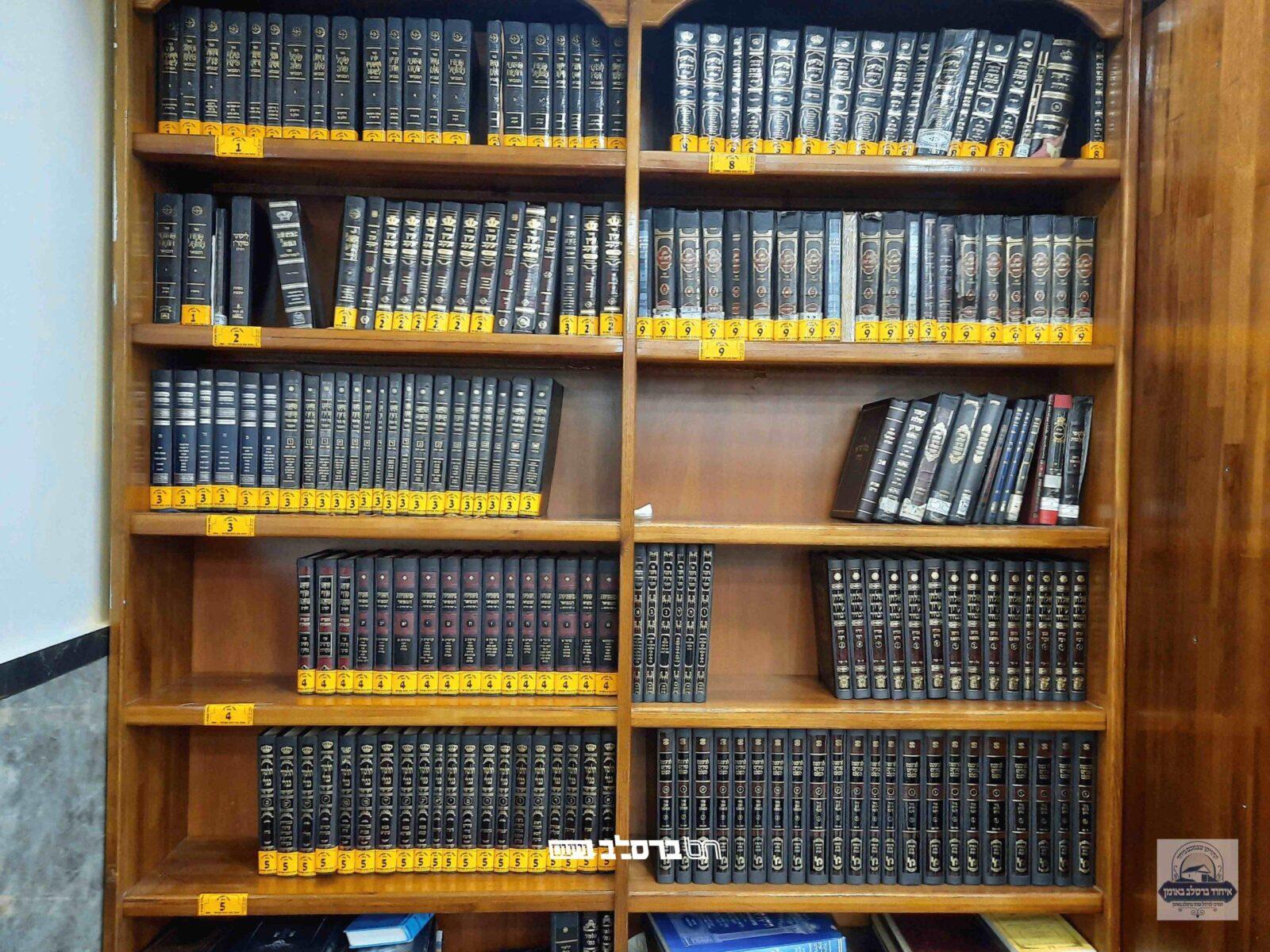 איחוד ברסלב באומן: חודש מלאי ענק של ספרי קודש בהיכל הכהנים שבציון רבינו הקדוש באומן