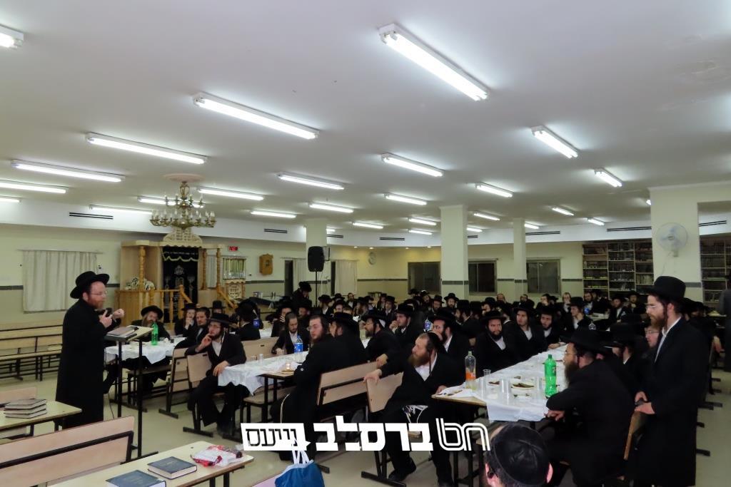 בית שמש • כינוס בבית הכנסת ברסלב-נחלת חן לרגל התחלת הלימוד בספר סיפורי מעשיות