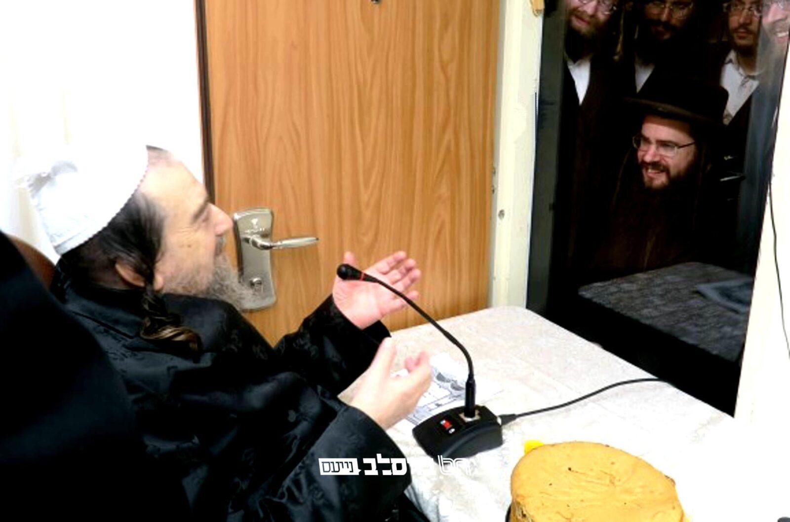 מעמד לחיים במעונות גדולי זקני ברסלב עם הכתרת רב ומורה דרך לקהילת ברסלב בהר יונה