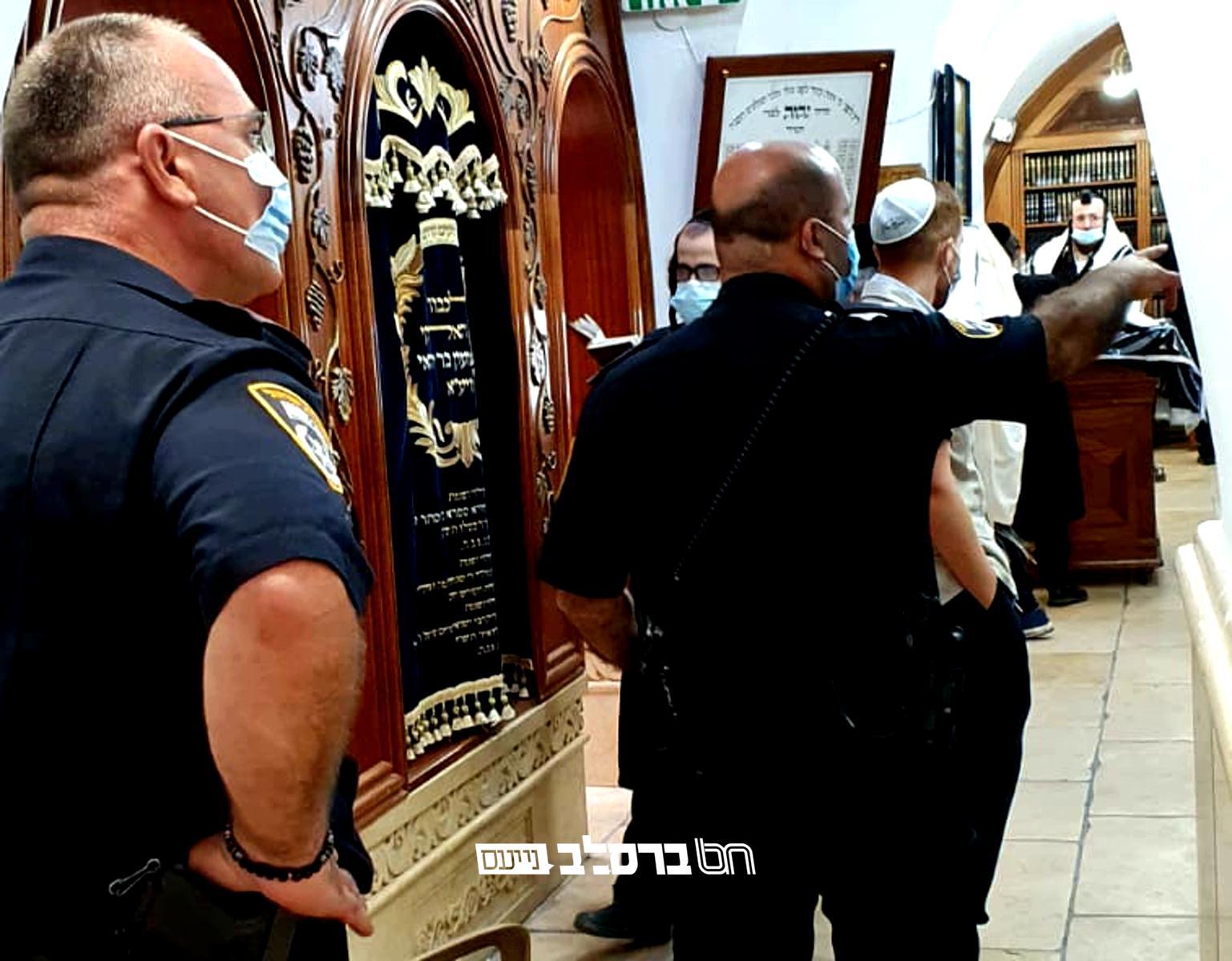 """מירון • משטרת ישראל שוב דואגת לשלום """"בריאות העם"""" ומטפלת במתפלל"""