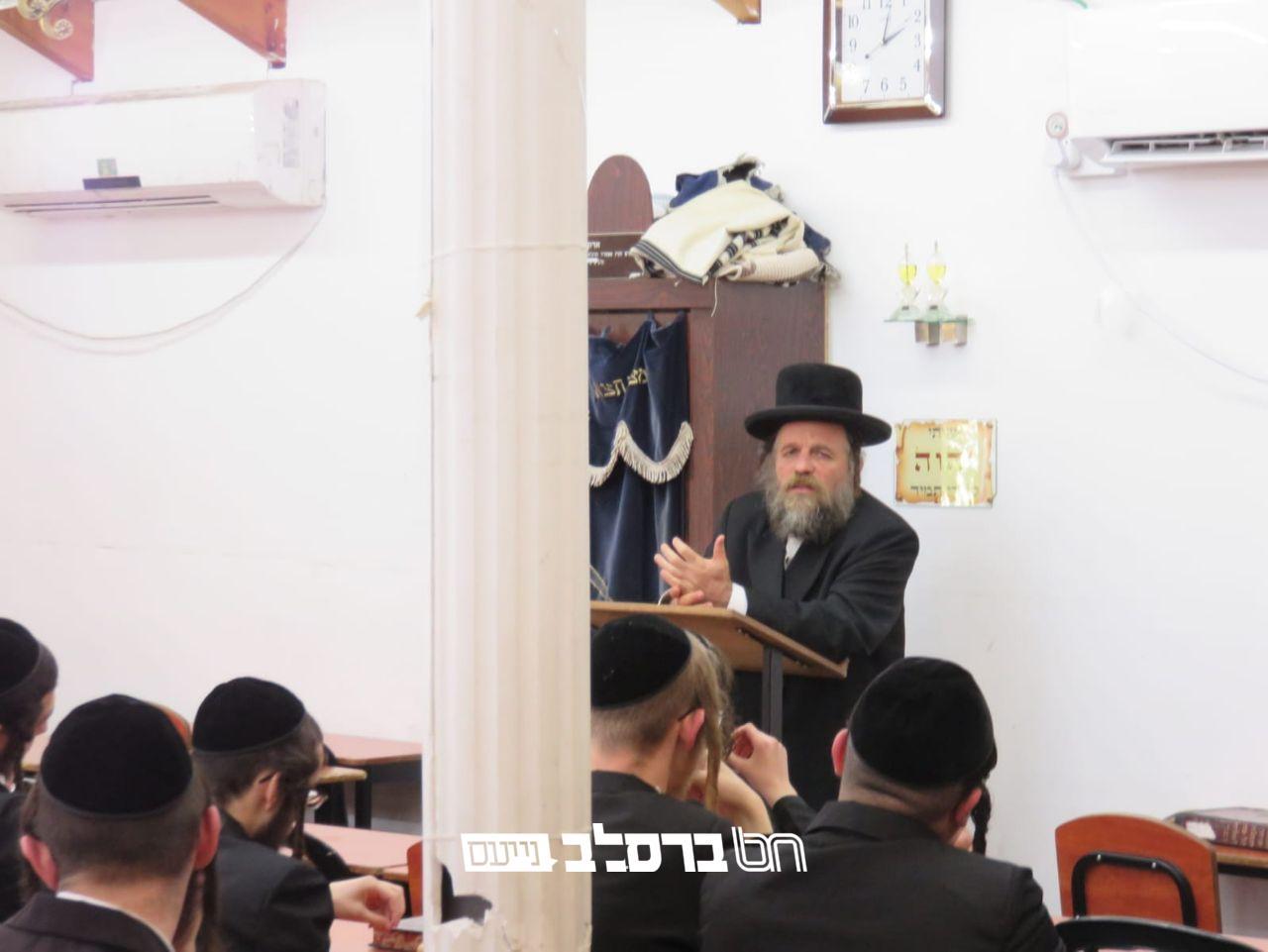 ישיבת 'מתיבתא' • עצרת תפילה וזעקה לביטול רוע הגזירות המתרבים בארץ ישראל ובחוץ לארץ