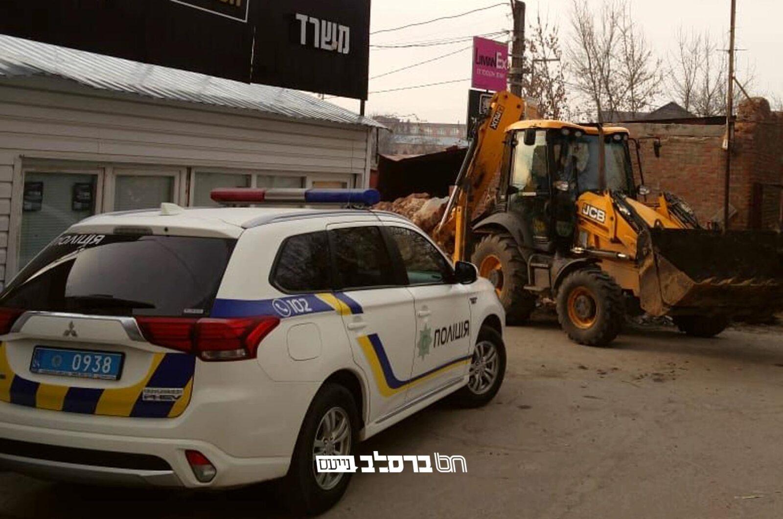 דיווח מהשטח: פרשיית חילול בית החיים נחקרת במשטרת צ'רקס