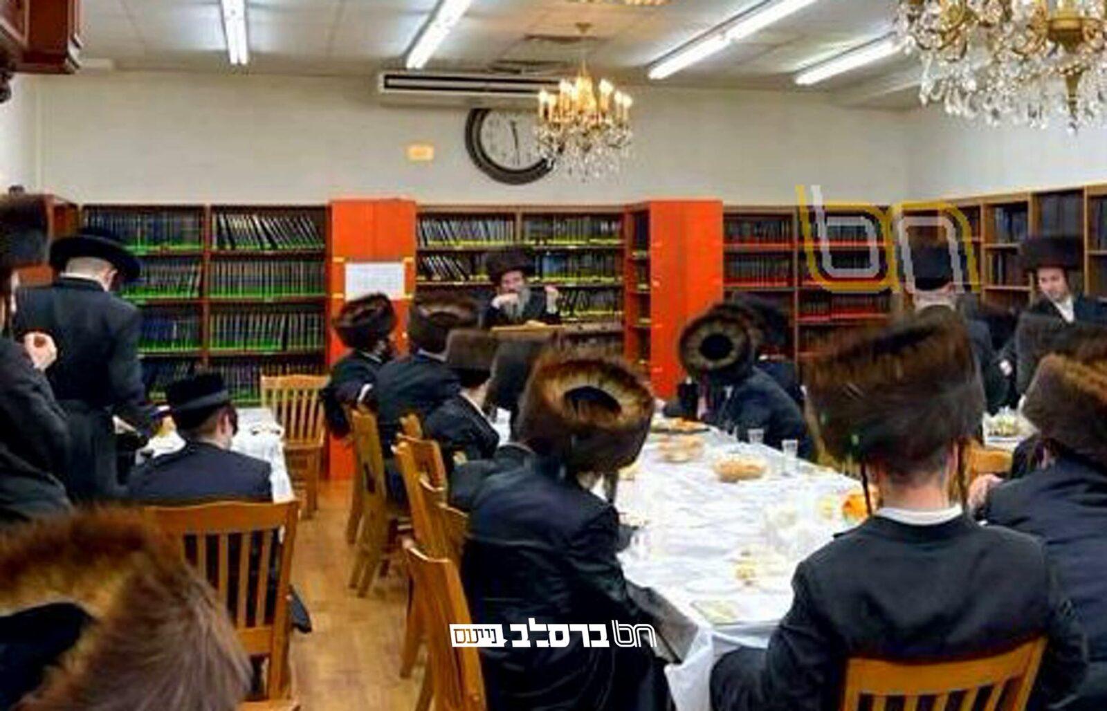 """ווילאמסבורג • סיום ליקוטי מוהר""""ן בבית הכנסת 306 ראדליטש עם הגה""""ח רבי אלימלך זילביגער"""